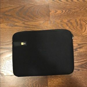 Black Case logic laptop sleeve